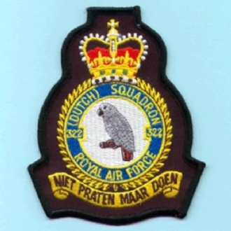 322 (DUTCH) SQN OFFICIAL CREST WITH QUEENS CROWN EMBROIDERED BADGE