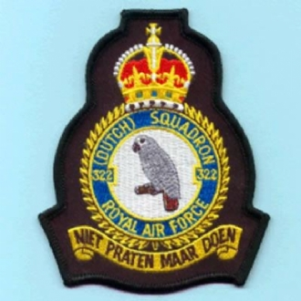 322 (DUTCH) SQN OFFICIAL CREST WITH KINGS CROWN EMBROIDERED BADGE