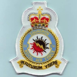 4 SQN CREST BADGE