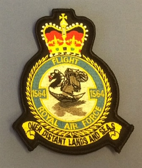 1564 FLIGHT CREST BADGE