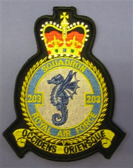 203 SQN CREST BADGE